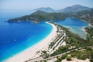 'Poleciały puste samoloty po turystów'. 'Wycofaliśmy się z rynku tureckiego'. Biura podróży o sytuacji w Turcji