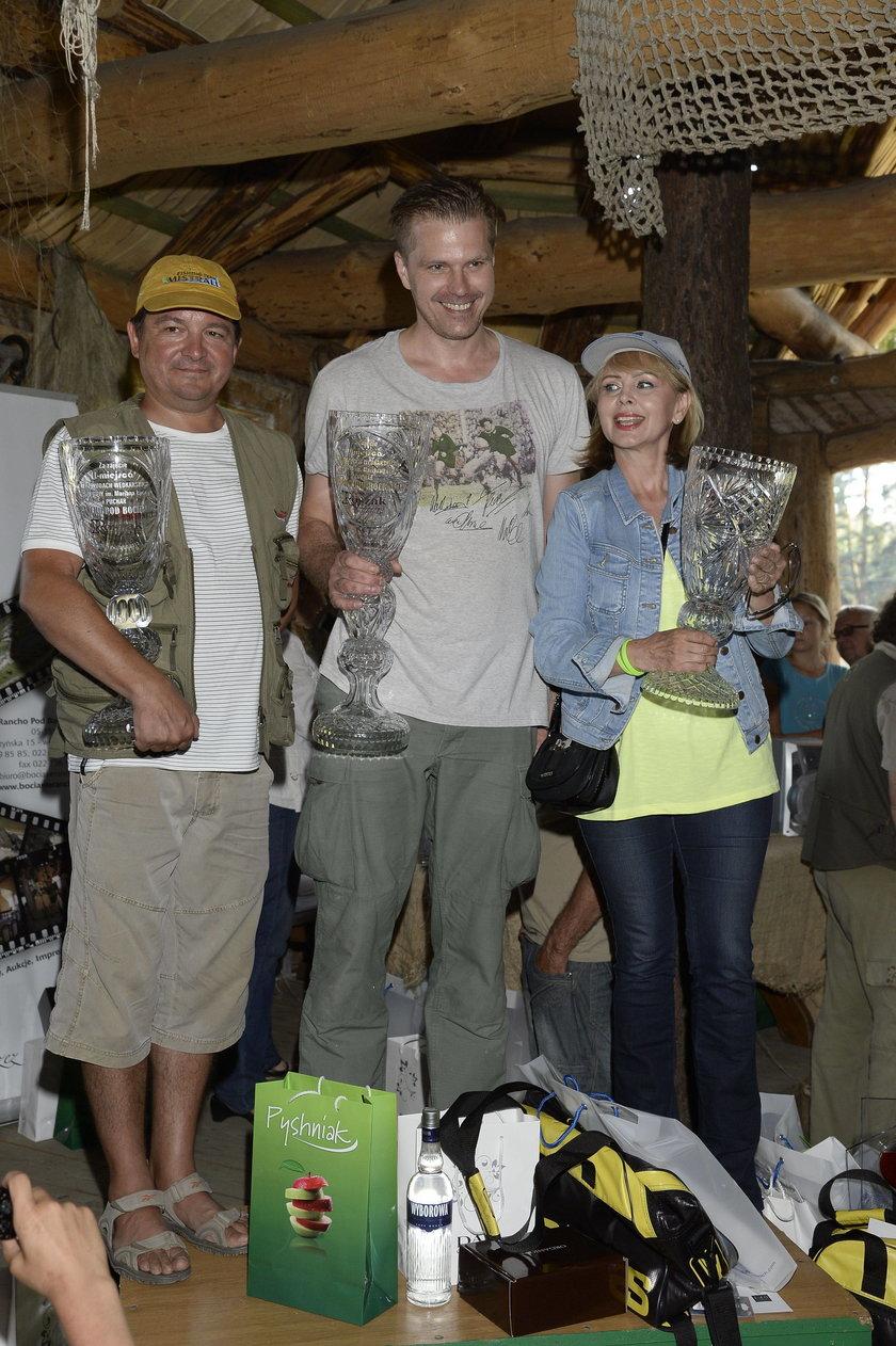 Zawody aktorów w łowieniu ryb