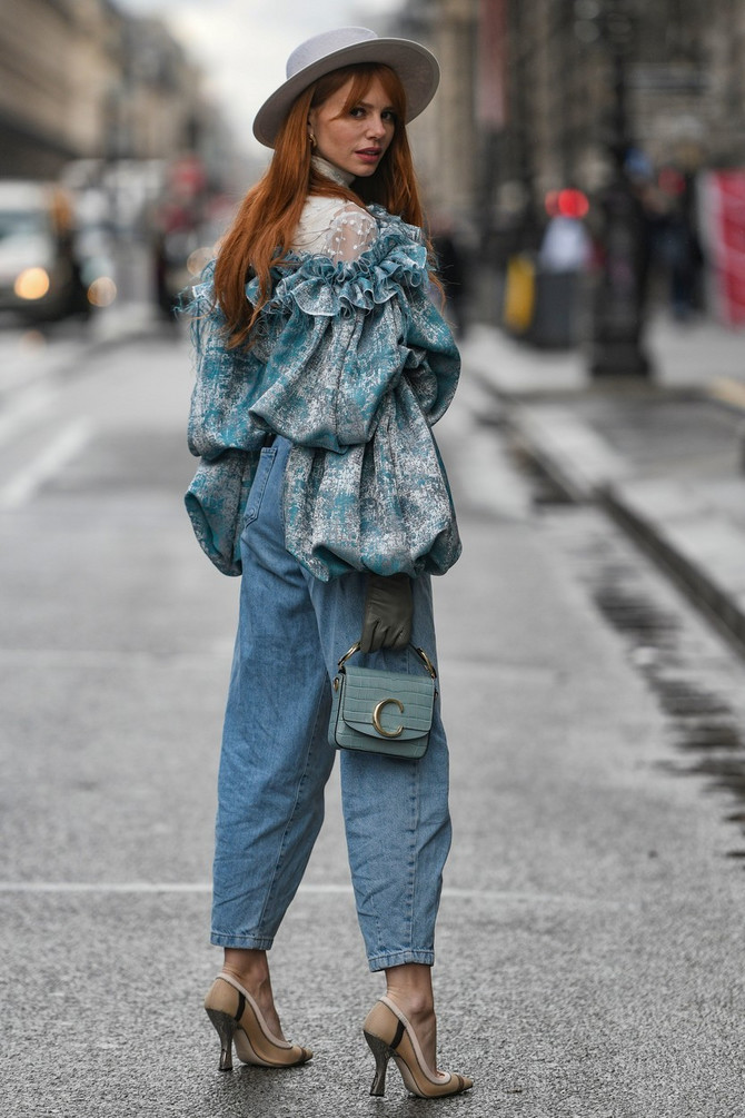 Mom džins dominira ulicama svetskih metropola