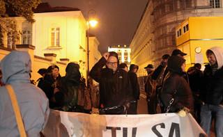 Szymański: Liderzy opozycji powinni powiedzieć, czy autoryzują wydarzenia z kontrmanifestacji smoleńskich
