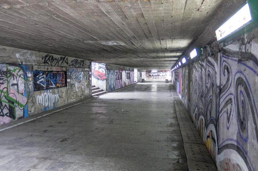 Przejście podziemne w okolicy ul. 3 Maja i Narutowicza