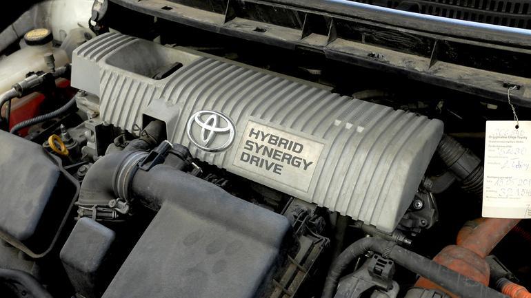 Hybryda, czyli alternatywa dla diesla i benzyniaka