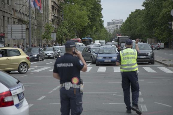 Protest ispred Doma narodne skupštine dodatno je usporio saobraćaj u centru grada