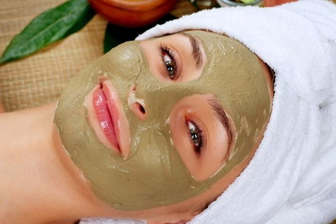 4 detoxifying DIY face masks to do today
