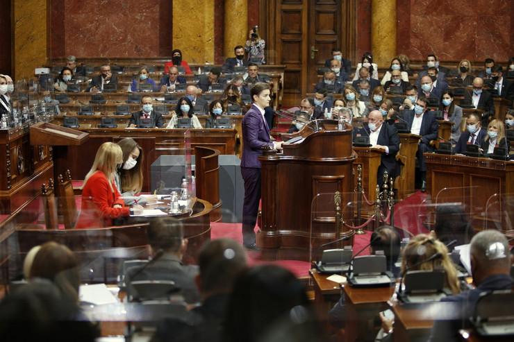 SRBIJA DOBILA NOVU VLADU: Premijerka i članovi vlade položili zakletvu