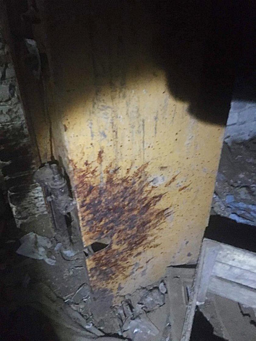 """""""Dom grozy"""" starszej pani w Tarczynie. Sala tortur, krew na ścianach i szczątki zwierząt..."""
