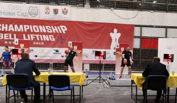 Reprezentativci Srbije na takmičenju  ''World Championship Kettlbell lifting''