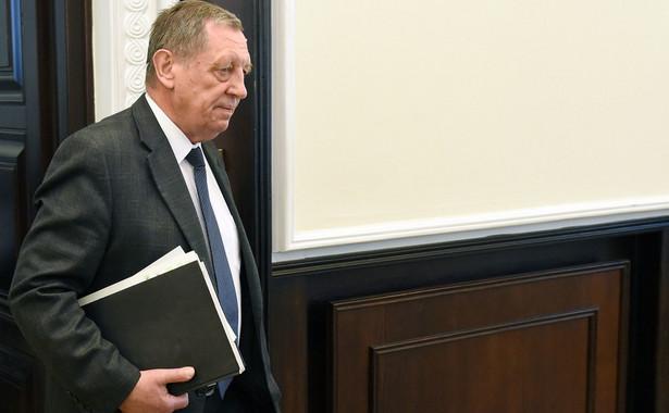 """""""To jest nasz parlamentarny sąd nad sprawą Szyszki, bo w tych kategoriach procesowych, niejakiego sądu musimy rozpatrywać efekty działalności tego ministra"""""""