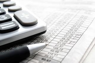Paczka o wartości 150 zł może być bez VAT