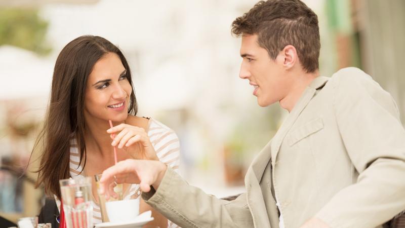 az alkalmi randevúk felbontják az etikettet