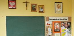 Obowiązkowe lekcje religii lub etyki? Episkopat komentuje