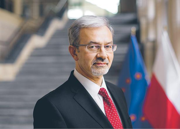 Jerzy Kwieciński, nadzoruje wdrażanie funduszy europejskich