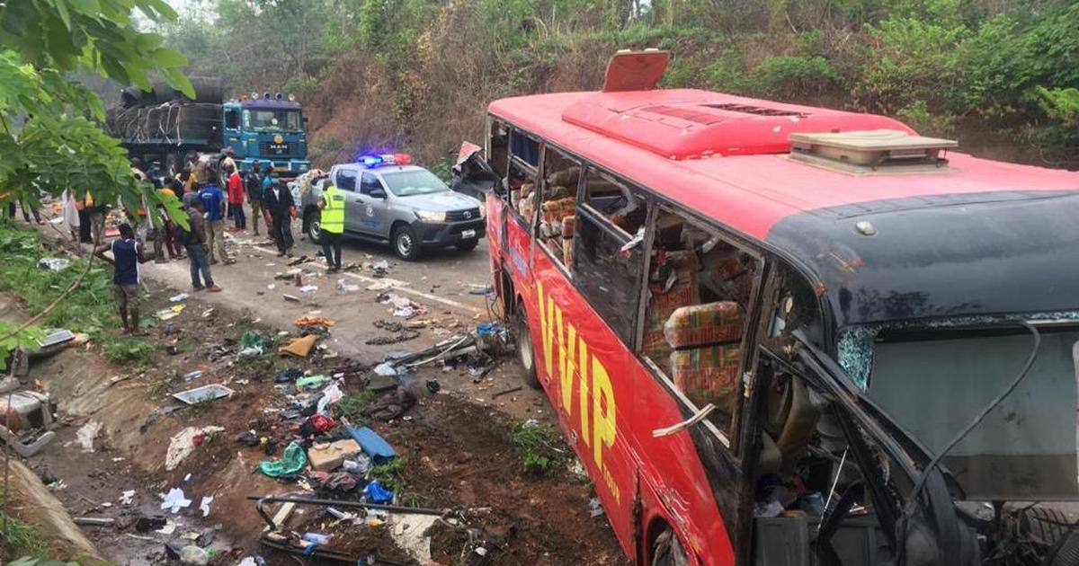Multiple accident claims 13 lives on Lagos-Ibadan expressway - Pulse Nigeria