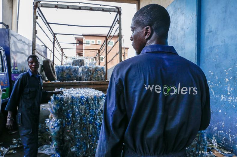 Wecyclers' workers in Lagos, Nigeria (King Baudouin Foundation)