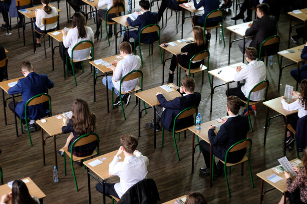 Jest jeszcze jeden powód, dla którego ósmoklasiści mogą czuć się poszkodowani: mieli ograniczoną liczbę przedmiotów, w których mogli się wykazać.