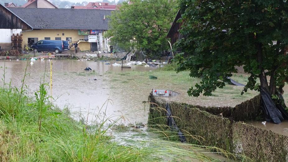 Tegoroczna powódź w Łapanowie w woj. małopolskim