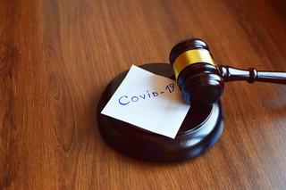 Odprawy sędziów i prokuratorów niezagrożone