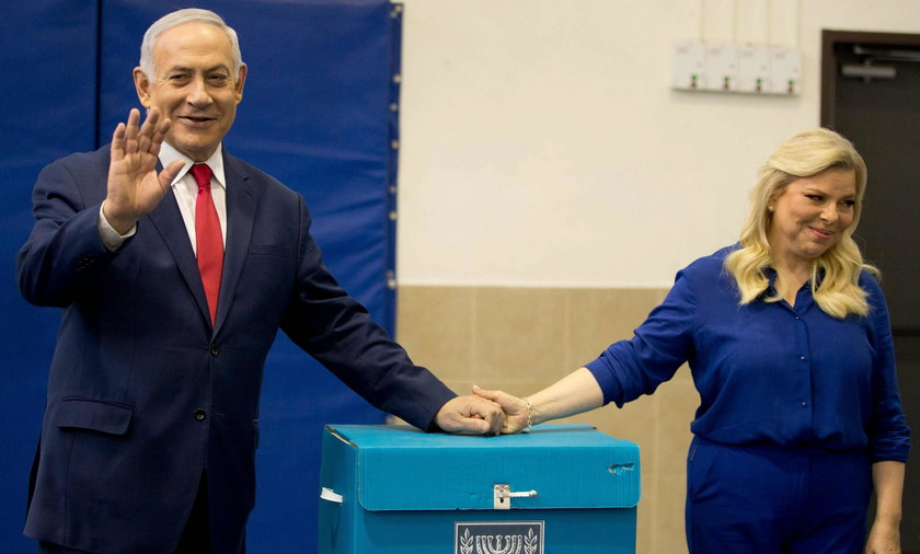Benjamin Netanjahu z żoną Sarą