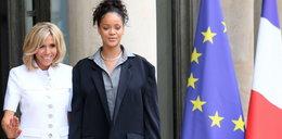 Rihanna na spotkaniu z pierwszą damą Francji. Co ona ma na sobie?!
