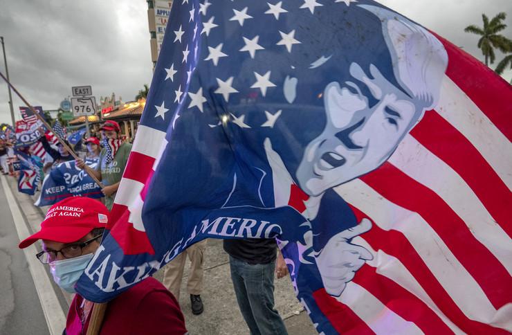 Protesti Trampovih pristalica u Majamiju