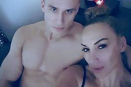 Goga Sekulić se malo po rođenju sina SUKOBILA SA MUŽEM, a evo šta njenom suprugu NE PADA NA PAMET da uradi