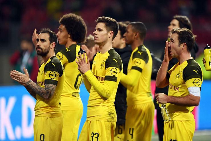 FK Nirnberg, FK Dortmund