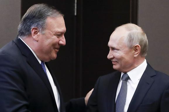 Majk Pompeo i Vladimir Putin