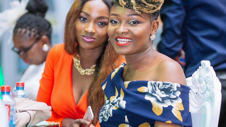 Do S Don Ts Your Ultimate Fashion Guide To Attending A Wedding As
