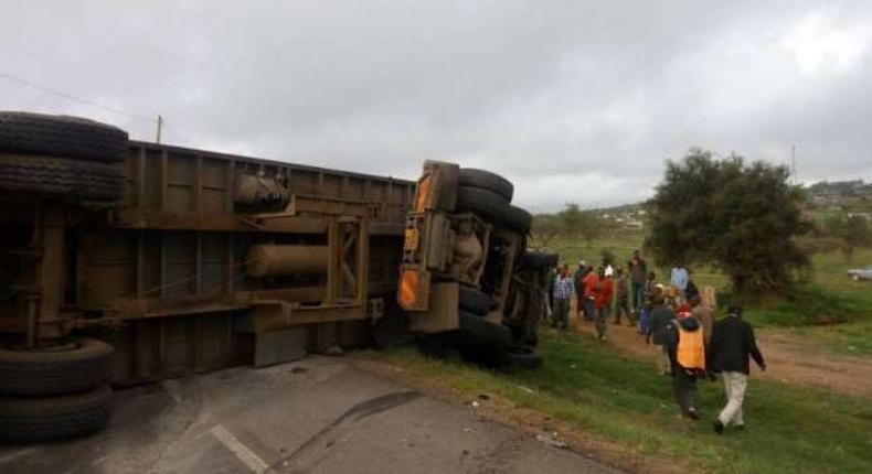 Lorry involved in a past accident at Salama area along Nairobi-Mombasa Highway