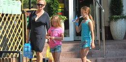 Córki Figury spędzają wakacje w mieście