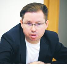 Prof. Jarosław Szymanek konstytucjonalista z Uniwersytetu Warszawskiego