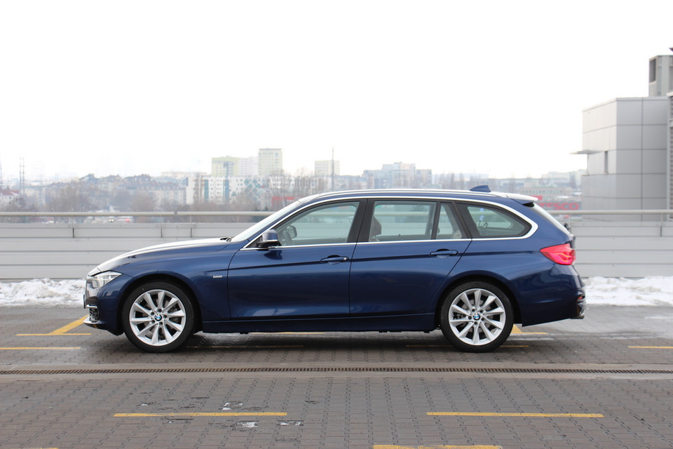 BMW 320d xDrive Touring