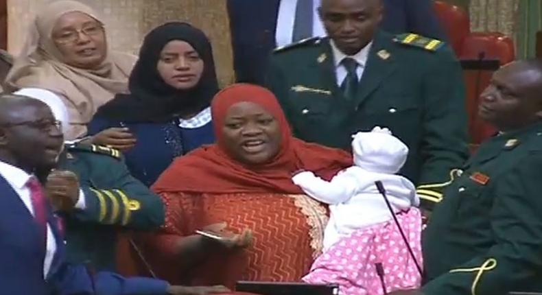 MP Zulekha Hassan with baby in parliament chambers