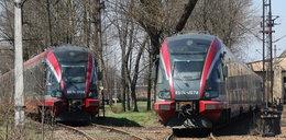 Pasażerowie się męczą, a pociągi rdzewieją na bocznicy