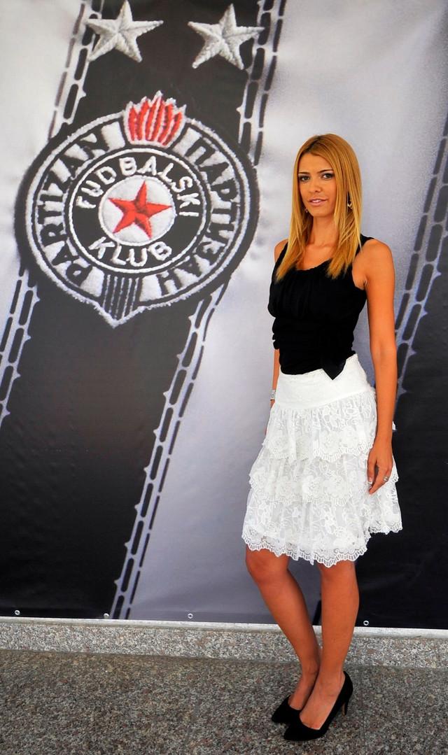 Snežana Filipović, supruga Milana Borjana, iz dana dok je bila direktorka marketinga FK Partizan