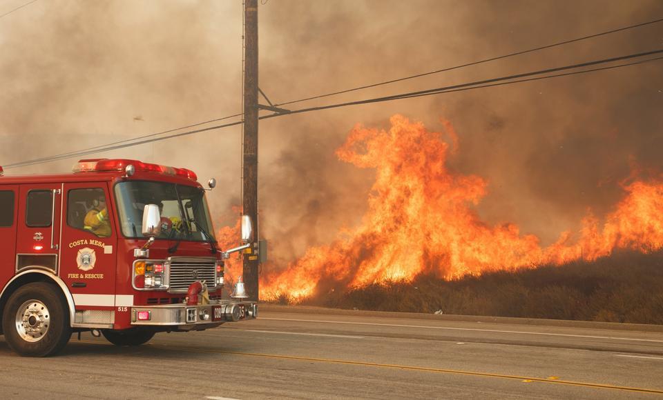 Pożar w Anaheim Hills w Kalifornii