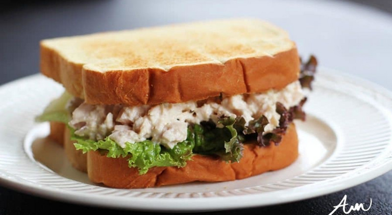Recipe: Tuna sandwich your kids will have fun making