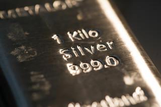 KGHM w 2020 r. był największym producentem srebra na świecie
