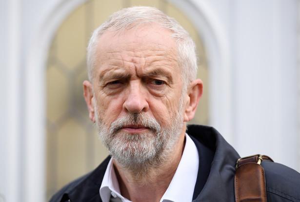 Lider brytyjskiej opozycyjnej Partii Pracy Jeremy Corbyn oświadczył we wtorek, że spełnione zostały warunki, by to ugrupowanie mogło poprzeć nowe wybory parlamentarne. W tej sytuacji wygląda, że odbędą się one 12 grudnia.