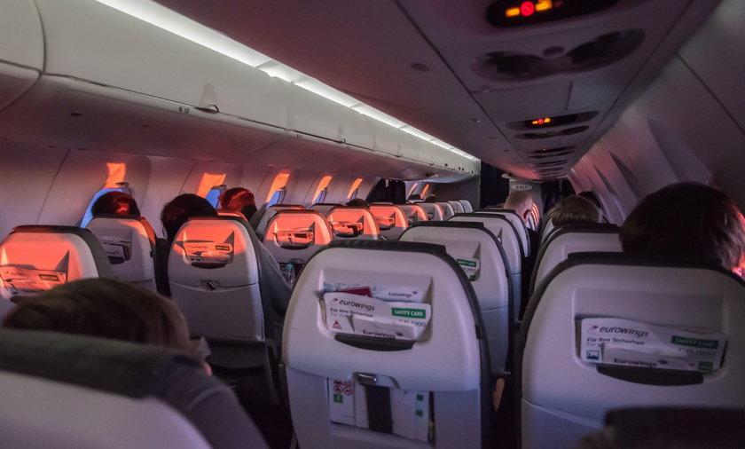 Horror w samolocie. Zgwałcił pasażerkę, gdy spała