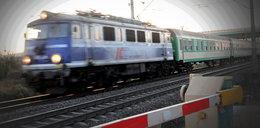 Pociąg śmiertelnie potrącił siedzącą na torach 84-latkę. Maszynista skazany