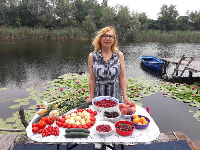 Preporučuje se pripremanje hrane po jelovnicima zdrave ishrane, bogate dijetnim vlaknima i složenim ugljenim hidratima iz voća, povrća, žitarica, kao i mononezasićenim masnoćama iz maslinovog ulja, kaže doktorka Vesna Dimitrijević-Srećković