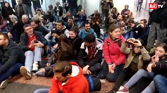 Protestanti sede na podu rts 1603