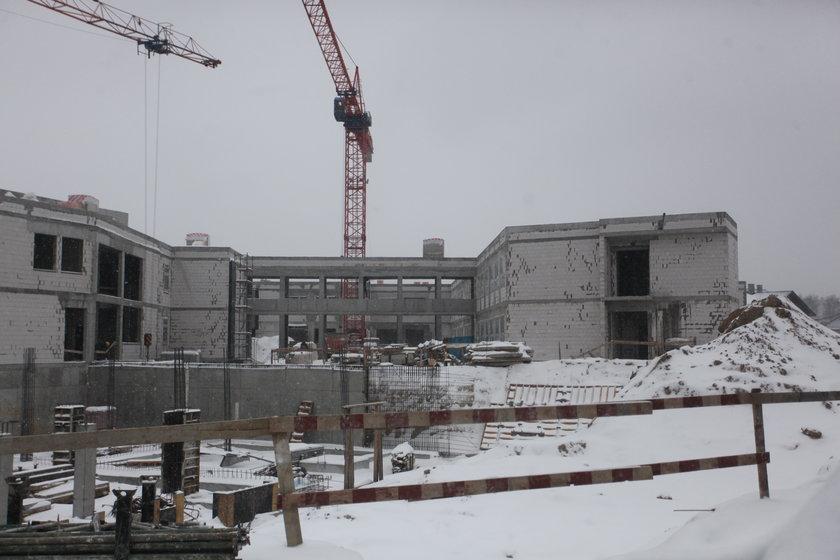Budowa szkoły w Kokoszkach
