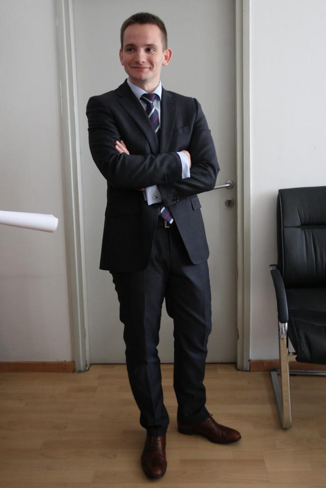 """Njegova devojka letos dobila posao u marketingu """"Pošte"""", a nakon tri meseca i povišicu od 20 odsto: Stefan Krkobabić"""