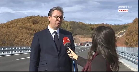 Vučić na novoj deonici istočnog kraka Koridora 10