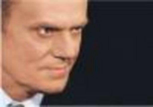 """Premier Donald Tusk powiedział w poniedziałek, że oczekuje zakończenia """"zamieszania i zawirowania"""" wokół GROM-u."""