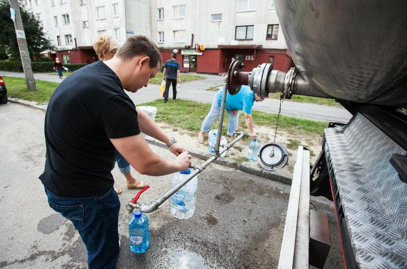 Katowice. Skażona woda bakteriami coli oraz brudna woda