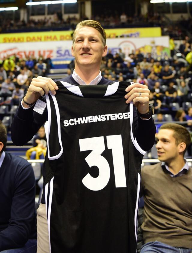 Bastijan Švajnštajger