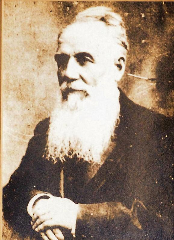 U grupi osuđenih zbog poslednjeg atentata na kralja Milana 1899. godine bio je i radikal Nikola Pašić, ali je pomilovan zbog insistiranja Rusije